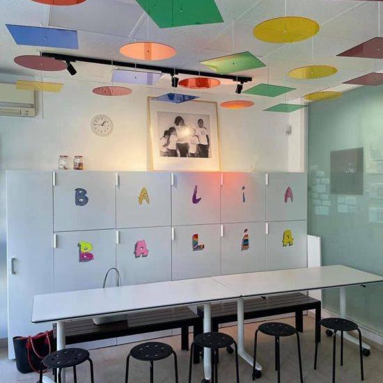 Colaboraciones que ponen color a nuestros centros